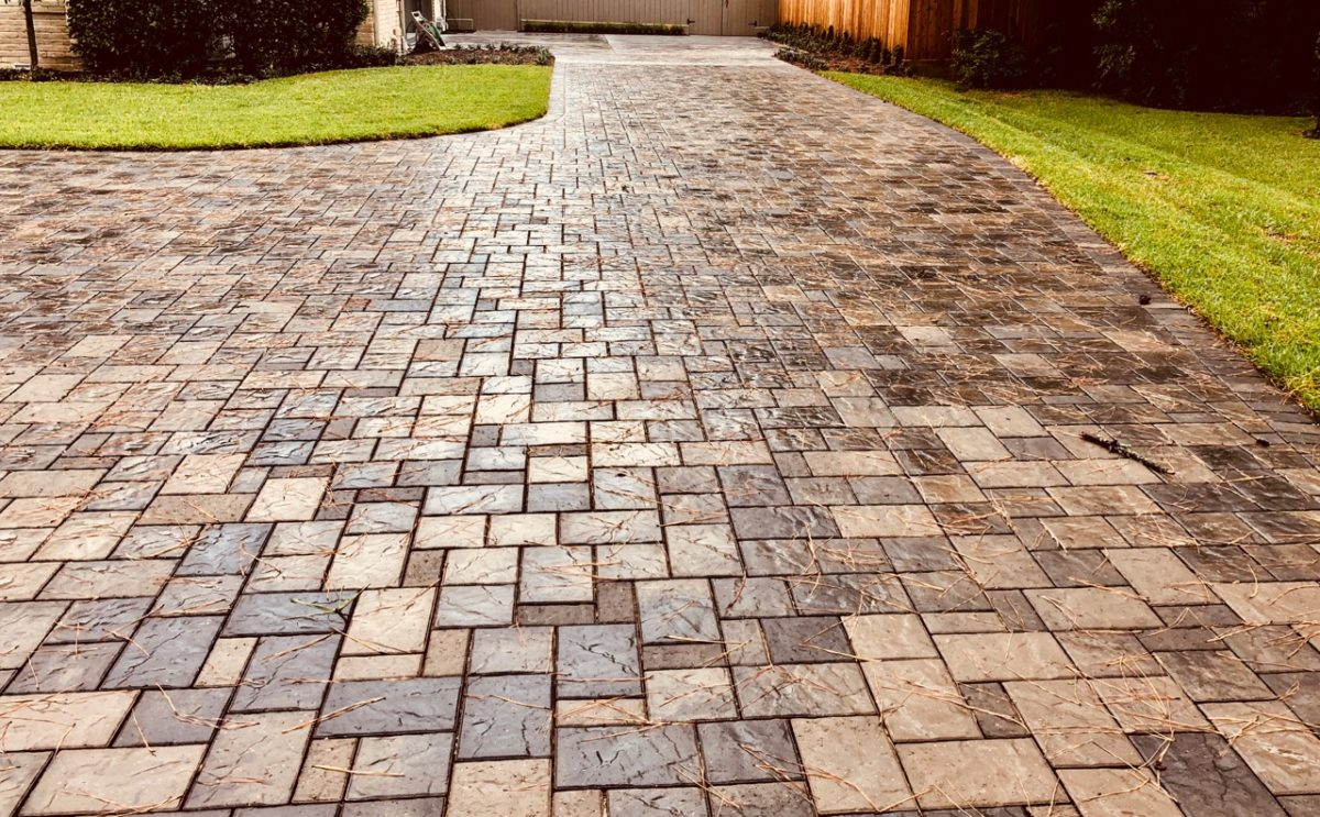 Permeable paver system driveway